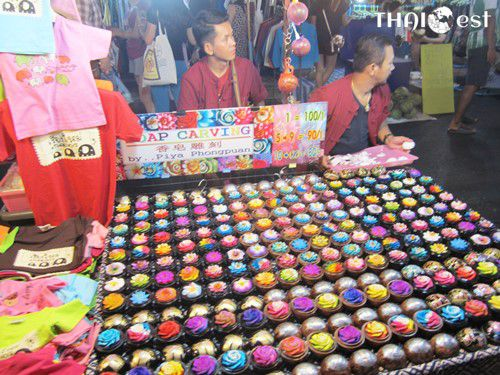 37 Best Souvenirs and Gifts to Buy in Thailand